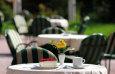 fruehstueck-auf-der-terrass / Zum Vergrößern auf das Bild klicken